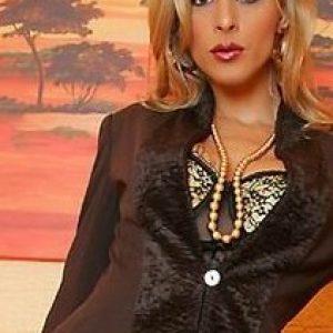Verheiratete Geschäftsfrau sucht gebundene Männer