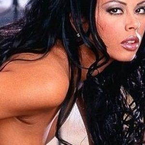 Superheisse Asiatin sucht Sexkontakte!